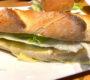 Käse-Zwiebel-Baguette (überbacken)