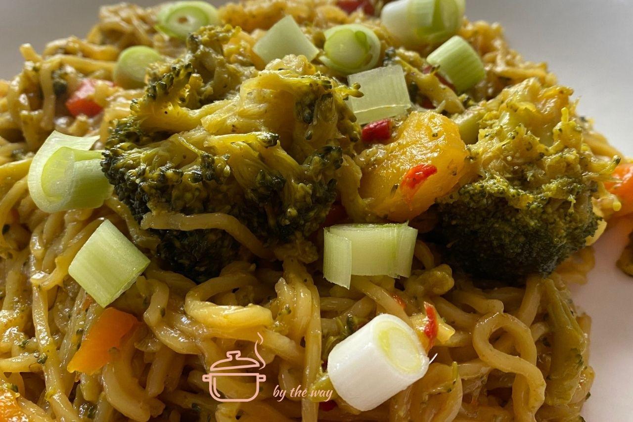 Asia Pasta mit Gemüse